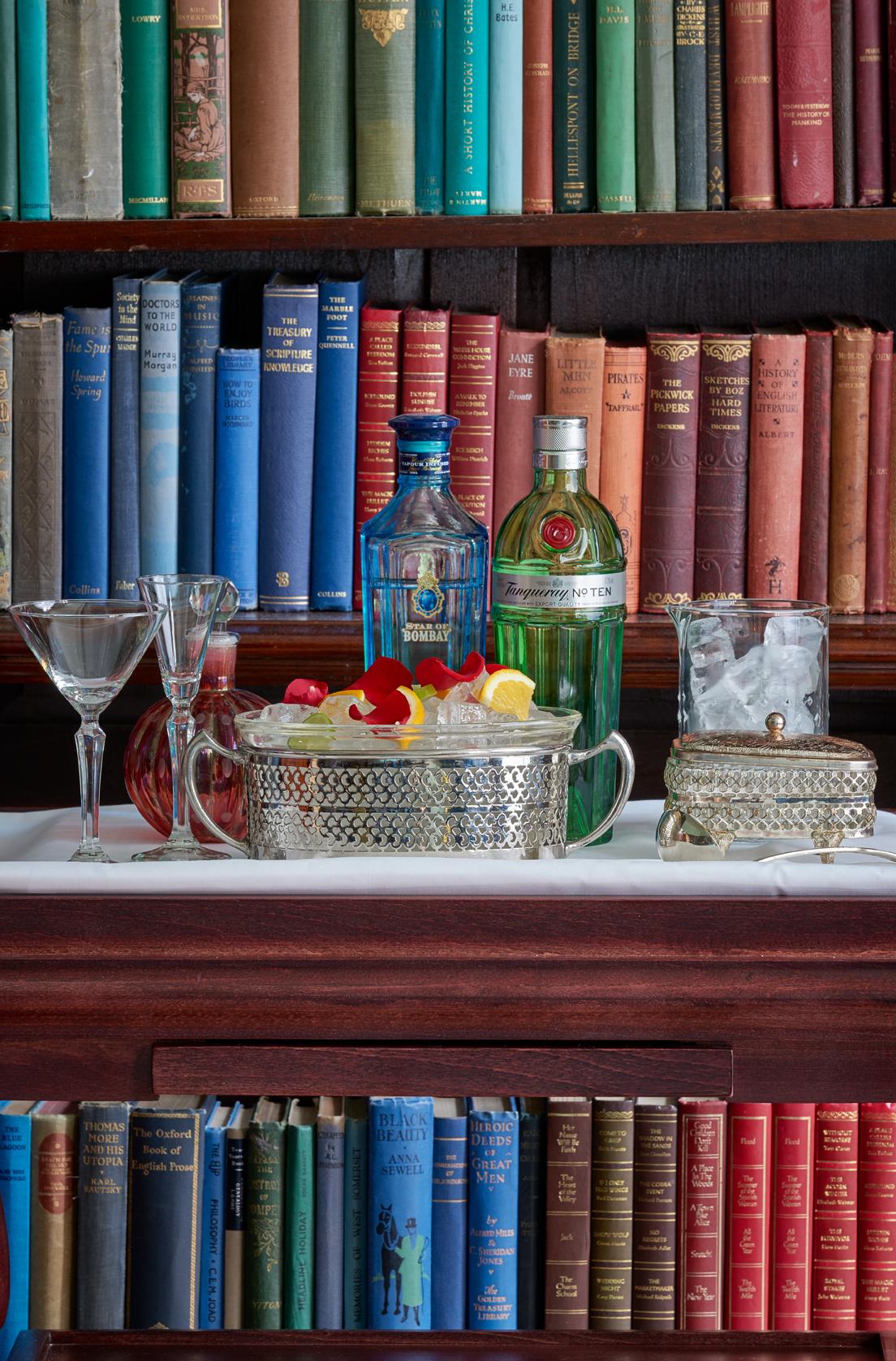 CC Library Bar (Gin Trolley)
